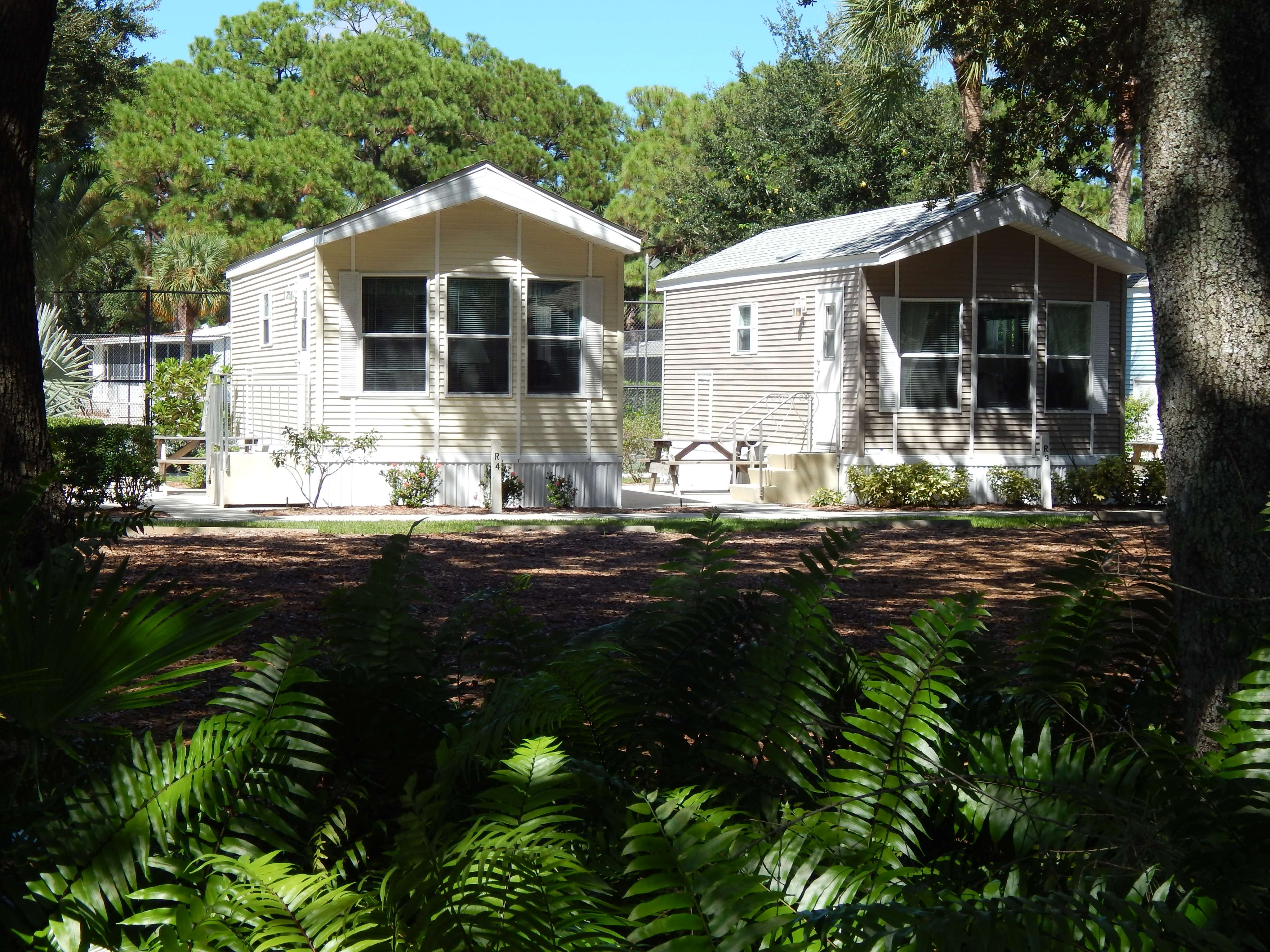 vacation florida gulf cabin indian rocks home rentals cottage cabins beach